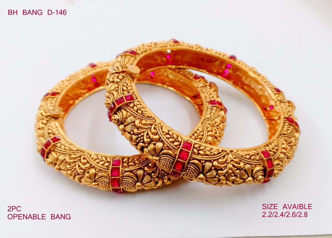 Fashion Bangle Set